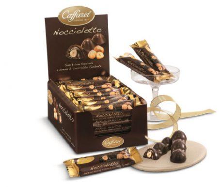 Bombom de Chocolate amargo  com Avelã Inteira  e Crème de Gianduia Amargo
